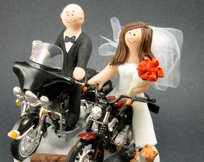 Bride and Groom Riding Harley-Davidson Motorcycles Wedding Cake Topper, Bikers Wedding Cake Topper, Harley Motorcycle Wedding Cake Topper