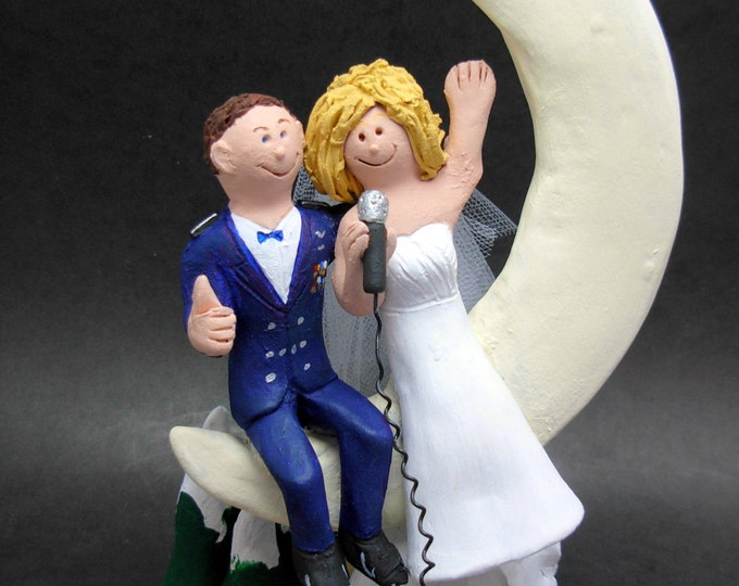 Groom in Military Dress Blues Wedding Cake Topper,Soldier's Wedding Cake Topper, Military Wedding CakeTopper, Paratrooper Wedding CakeTopper
