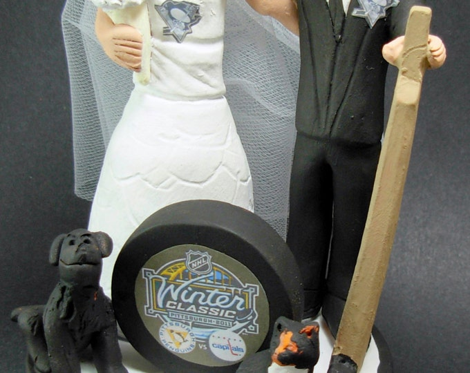Penguins NHL Hockey Wedding Cake Topper, Pittsburg Penguins Wedding Cake Topper, Hockey Couple Wedding Anniversary Cake Topper / Gift,