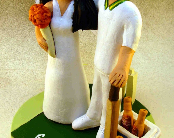 Cricket Players Wedding Cake Topper, Bride and Groom Cricket Players Wedding Cake Topper, Cricket Playing Wedding Cake Topper