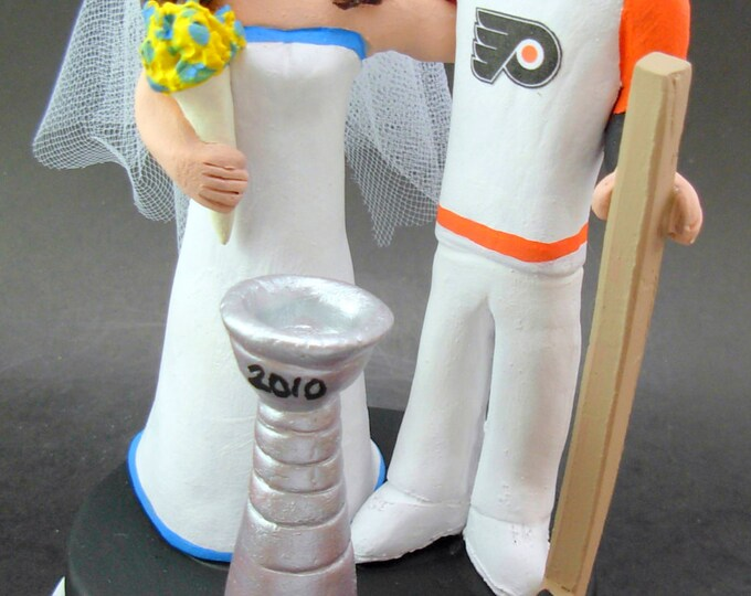 Philly Flyers Hockey Wedding Cake Topper, Hockey Bride and Groom Wedding Cake Topper, Philly Flyers Wedding Anniversary Gift