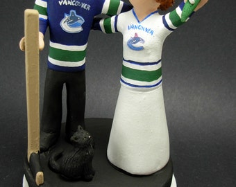 Vancouver Canucks Hockey Wedding Cake Topper, Hockey Bride and Groom Wedding Anniversary Gift / Cake Topper, Stanley Cup Wedding CakeTopper