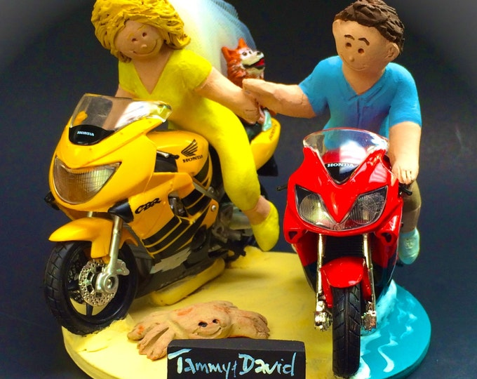 Bride and Groom on Honda CBR Sportbikes Wedding Cake Topper, Motorcycle Wedding Cake Topper, Wedding Cake Topper for Motorcycle Riders