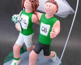 Joggers Wedding Cake Topper, Marathon Runners Wedding Cake Topper, Athletes Marriage Figurine, Running Bride and Groom Wedding Cake Topper
