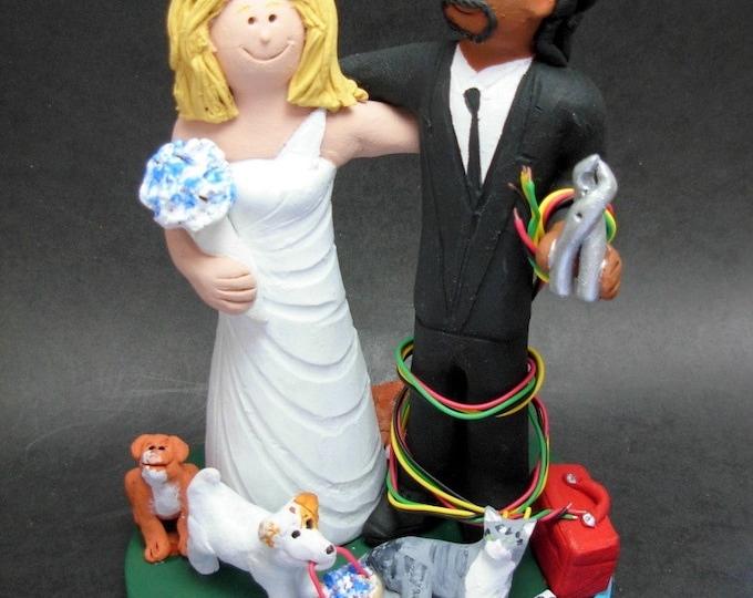 Caucasian Bride Marries African American Groom Wedding CakeTopper, Wedding Anniversary Gift for Mixed Race Couple, Wedding Anniversary Gift.