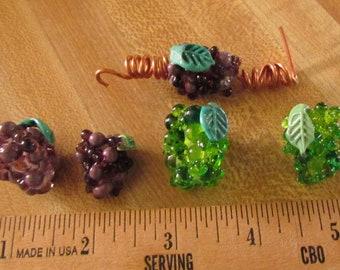 Lot of 87 Handmade Lampwork Grape Cluster Beads