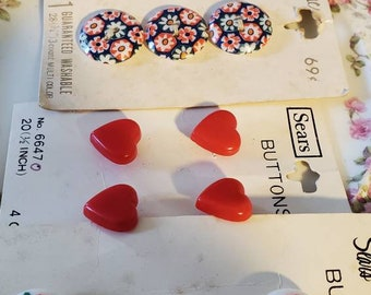 Vintage Buttons ... Hearts and Flowers  ... Four cards, NOS