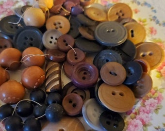Shades of Brown, Black, Nuetrals ... Plastic, Celluloid, Wood, Veg Ivory. Sixty (60) Vintage Buttons.