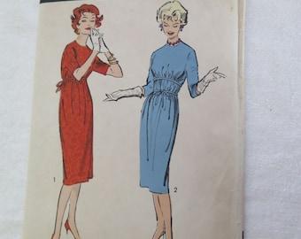 Vintage Vintage 50s ANNE FOGARTY Camise Dress Sewing Pattern sz 14 B34