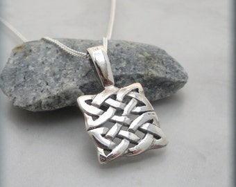 Celtic Necklace, Irish Jewelry, Sterling Silver, Celtic Knot, Irish Knot, Celtic Jewelry, Everyday Necklace, Gift for Her, Minimalist