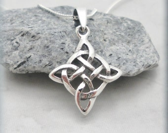 Celtic Knot Necklace, Diamond Shape, Irish Jewelry, Sterling Silver, Graduation Gift, Everyday Necklace, Birthday Gift, Minimalist