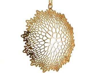Calyx Pendant | Corollaria collection