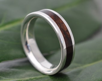 Lados Laurel Macho Wood Sterling Silver Inlay Ring, Silver Wood Inlay Wedding Band, Eco-Friendly Wedding Band, Mens Woman Wood Ring