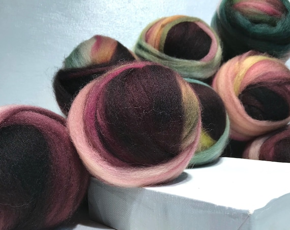 """Wine, Green wool roving """"Mystic Dragon"""" SW Spinning fiber Needle Felting wool Fall color: pink wine red gold butter yellow sage hunter green"""