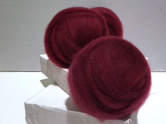 Sangria Red wool roving, Needle Felting wool Spinning fiber, dark red roving, Red Violet roving, Dark red, blue red, cherry, wine,raspberry