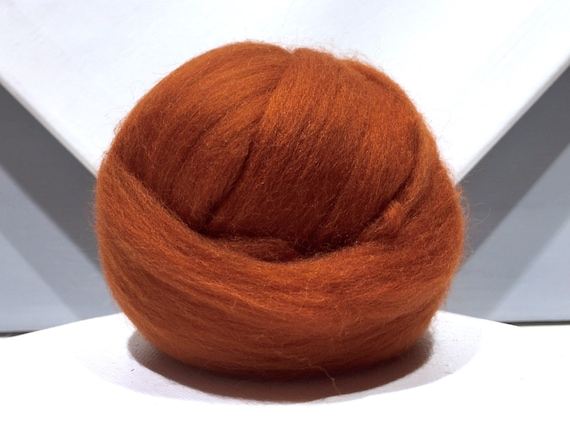 Fox red merino roving, rust red spinning fiber, merino wool, needle felting wool, brick red, brown red, nutmeg brown, copper red roving