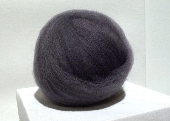 Pewter Wool Roving, Dark Grey Wool roving, Felting wool, Spinning Fiber, semi solid gray, smoke grey roving,