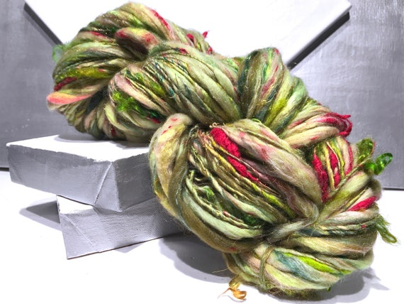 """Thick and Thin art yarn, Bulky """"Pimento Loaf"""" Yellow Green, Chartreuse, Olive Green, red , chartreuse art yarn"""