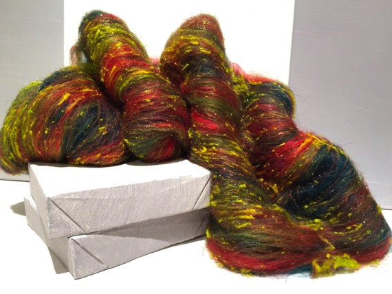 "fiber art batt, wool, roving, spinning, felting ""Holly"", yellow green, hunter green, olive, red, Christmas color"