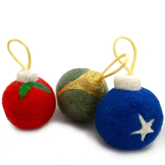 Needle Felted catnip toy, DIY, Christmas tree ornament Tutorial, Pattern, Instructions with pictures, felting tutorial