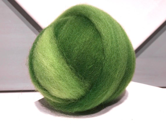 "Variegated Green wool roving ""Iced Limeade"" Superwash Spinning fiber Needle Felting wool lime green, Kelly green roving weave"