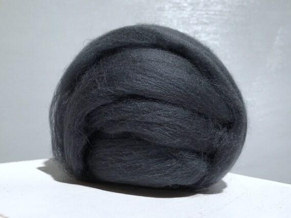 Graphite Grey Merino Roving, grey wool roving, Felting Wool, Spinning Fiber, dark grey, medium grey, pewter, gray roving