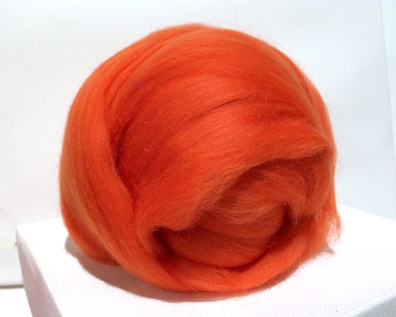 Orange Merino Roving, Needle Felting Spinning Fiber, Merino wool, felting wool, orange wool, orange roving, pumpkin
