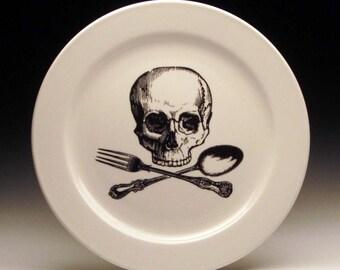 skull and cross-utensils 9 inch dinner plate