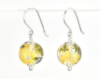 Earrings in glass and sterling silver - Buttercup flower earrings - Gift for her - Made to Order
