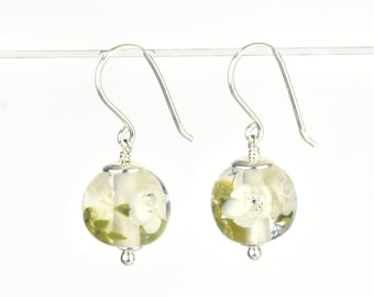 Earrings in glass and sterling silver - Ivory flower earrings - Gift for her - Made to Order