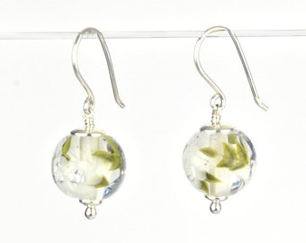 Earrings in glass and sterling silver - White flower earrings - Made to Order