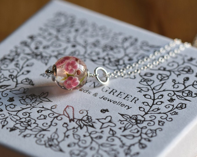 Camille - Peach blossom necklace - Necklace in glass and sterling silver 40cm - Floral jewelry