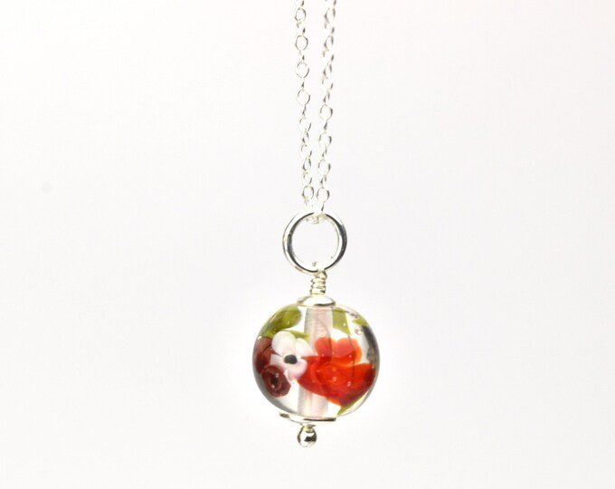 Small Marianne - Necklace in glass and sterling silver 40cm - Floral jewelry - Dark and bright red roses