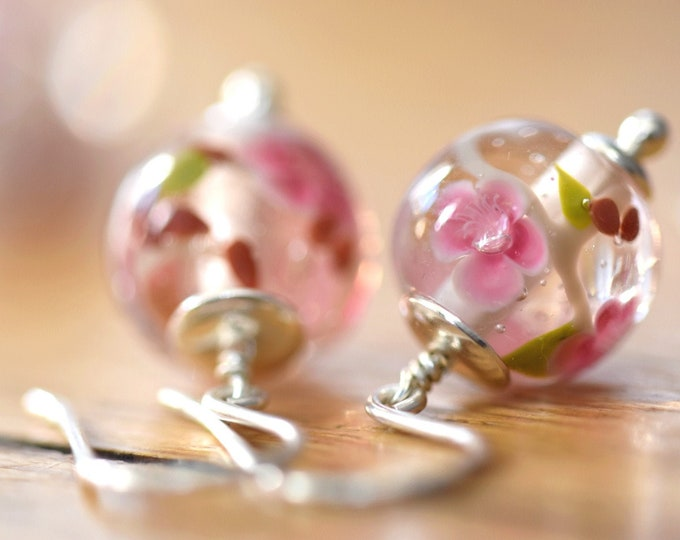 Camille - Peach Blossom earrings - earrings in glass and sterling silver - Floral jewelry - Gift for women