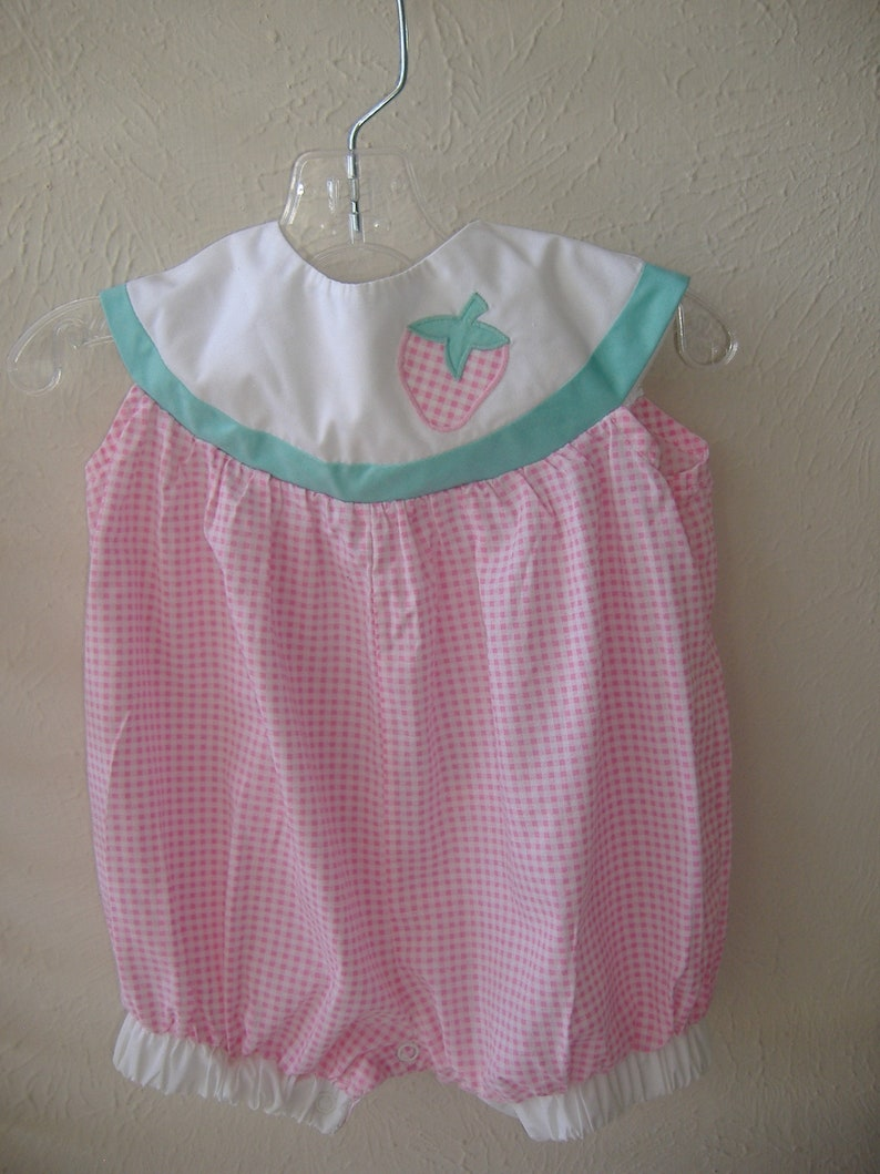 d8911a5cc5c5 Baby Girl Pink Gingham Romper Size 6-9M