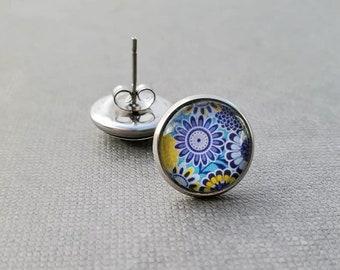 Floral Glass Stud Earrings, Blue Daisy Earrings, 12mm Cabochon Earrings, Gift for Gardener, Stainless Steel Earrings, Hypoallergenic Studs