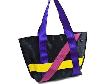 Vegan Seatbelt Tote // Purses And Bags, Purses For Women, Bags And Purses, Purses, Vegan Tote Bag, Designer Handbags, Seatbelt Bag