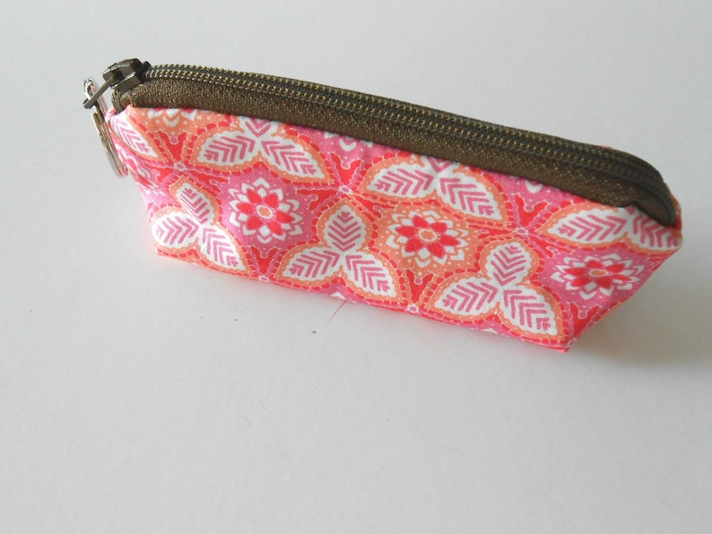 Coin Purse Mini Key Ring Zipper Pouch Zippered Make up Bag ECO Friendly Padded NEW Pink Palm
