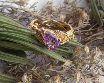 Tahlia - Lavender Sapphire Ring