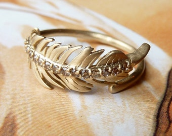 Champagne Diamond Feather Ring