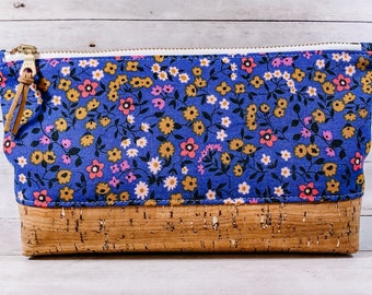 SALE - Small Makeup Bag, Zipper Pouch, Cork Bottom Cosmetic Toiletry Bag- Clothesline Floral Periwinkle