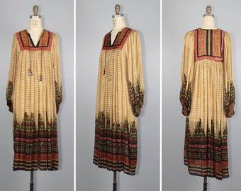 Judith Ann / I Magnin / 1970s / india / DESERT QUEEN vintage silk bohemian dress