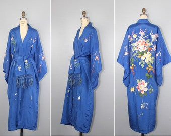 1930s silk kimono / royal blue / embroidered / floral / macrame fringe / vintage robe / dressing gown