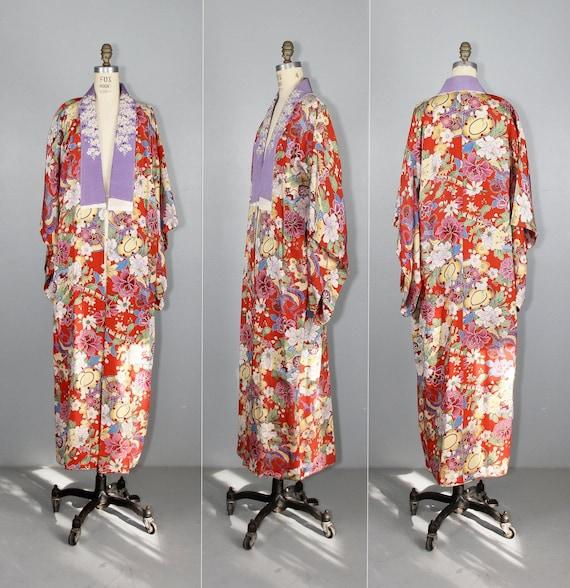 1930s embroidered kimono | silk robe | floral jub… - image 1