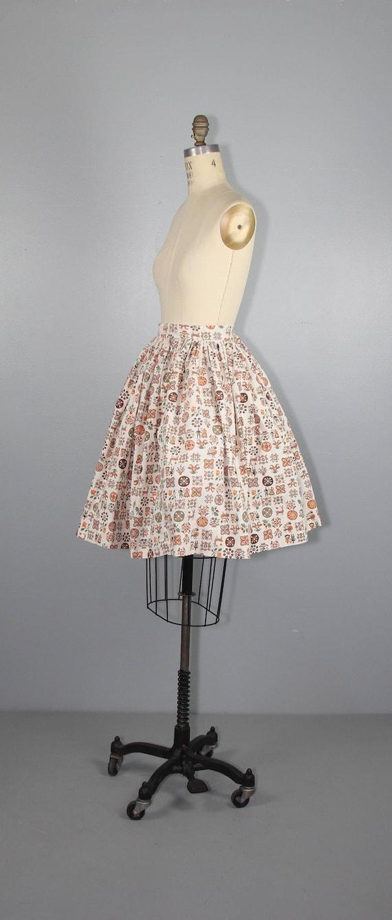 1950s skirt / novelty print / LITTLE FOLKLORE / v… - image 4