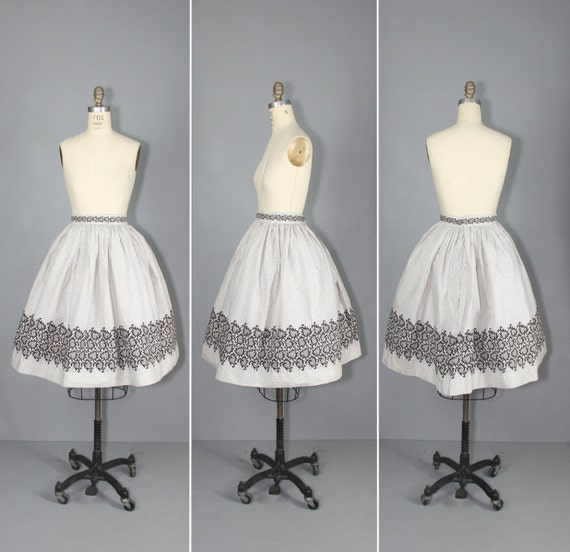 novelty skirt / 1950s skirt / circle skirt / LOST