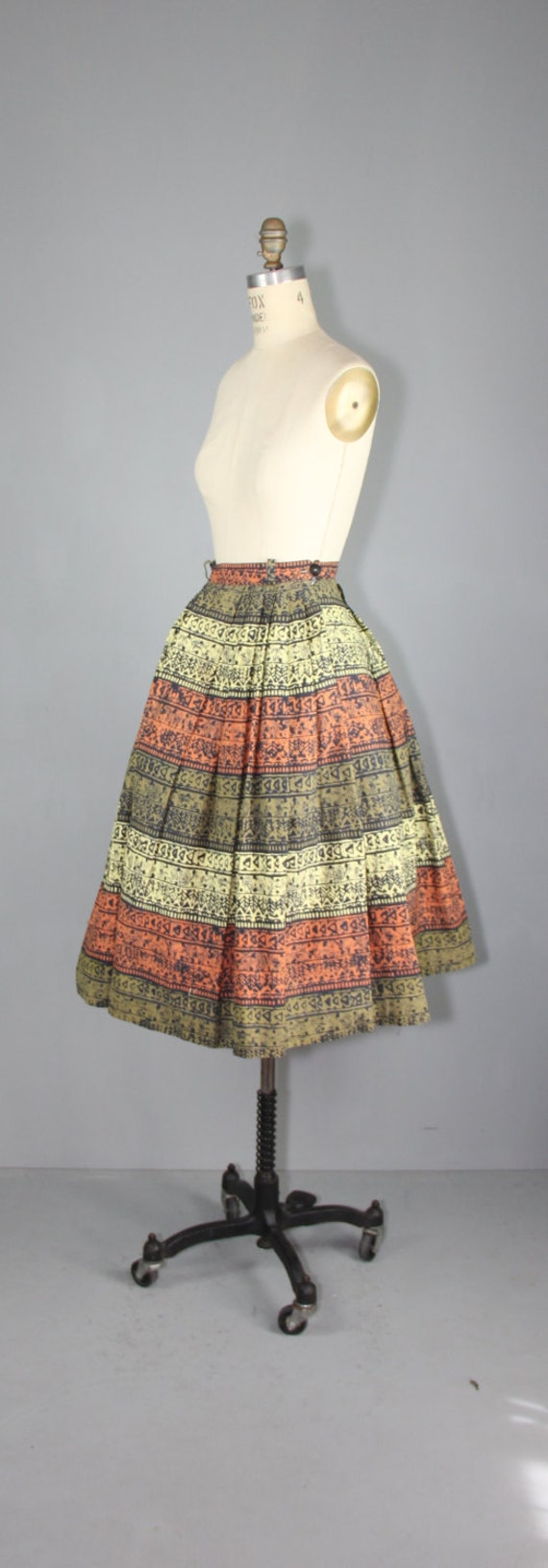 vintage skirt / 1950s / novelty print / TRIBAL SC… - image 4