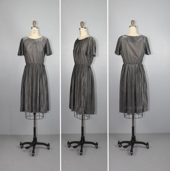 1970s dress  shimmer  metallic grey  FLINT pleated silver dress