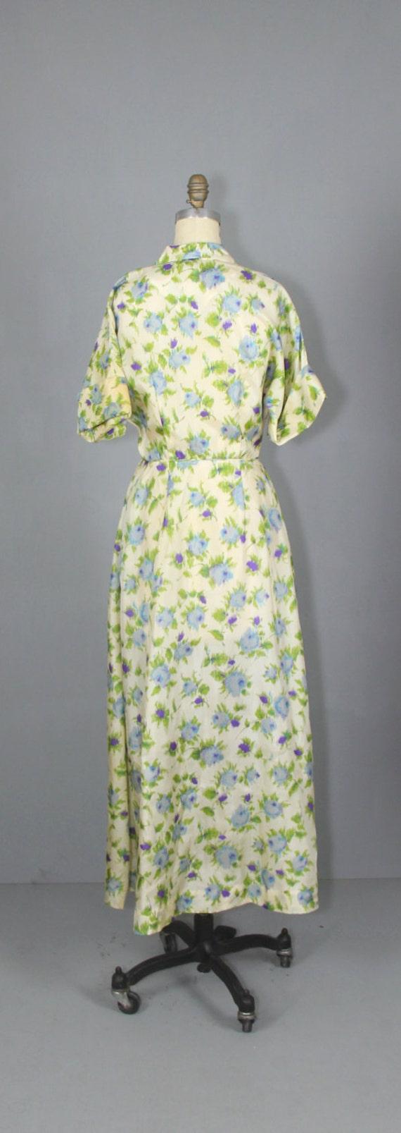 1940s robe / silk robe / dressing gown / SUGAR PL… - image 4
