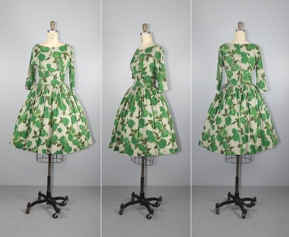 1950s floral dress | rose | vintage dress | full s